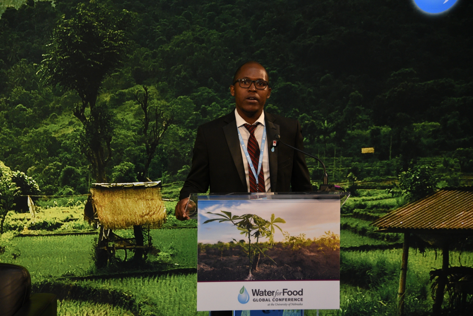 Mavuto Banda speaks about his international education experience at the Water for Food Global Conference